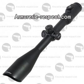 Lunette sniper à réticule lumineux Mildot 8-32x56 UTG